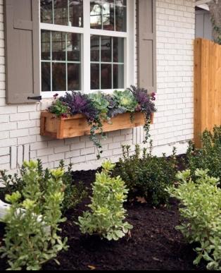 fixer-upper-curb-appeal-and-window-box-ideas.jpg